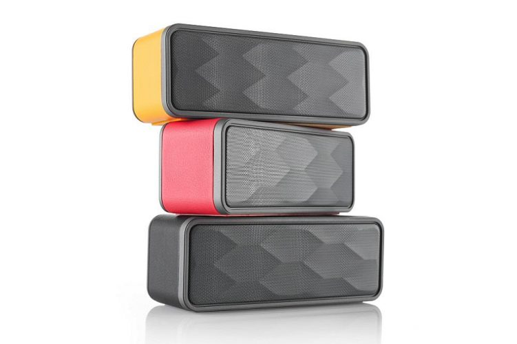 A Guide to Choosing the Best Big or Small Bluetooth Speakers